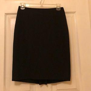 EUC Ann Taylor Black Pencil Skirt (Sz 0P)